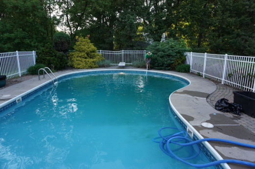 How to perform the pool cleaning process
